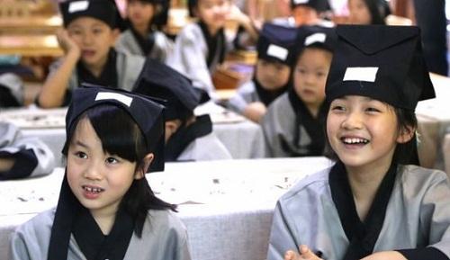 娃娃学国学 感受中国传统文化的魅力